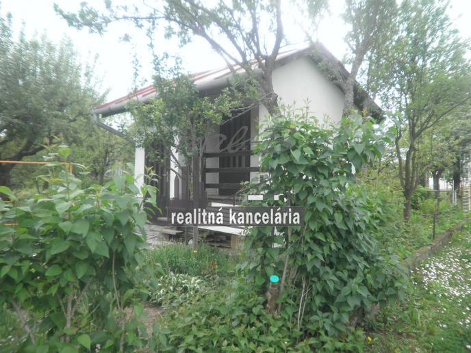 Záhradná chatka v Lučenci