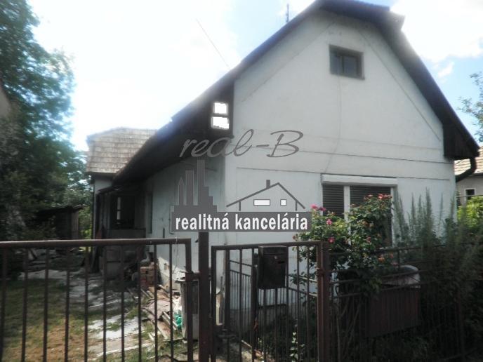 Rodinný dom pri Lučenci