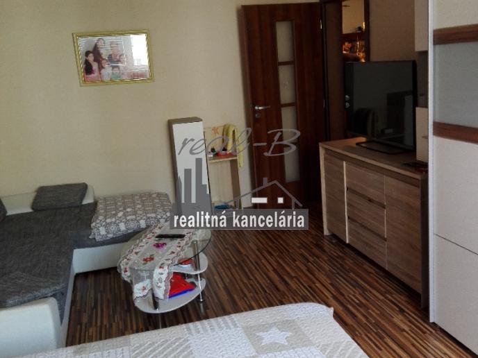 Zrekonštruovaný 3-izbový byt v širšom centre