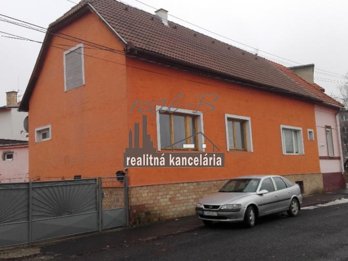 Rodinný dom v Lučenci